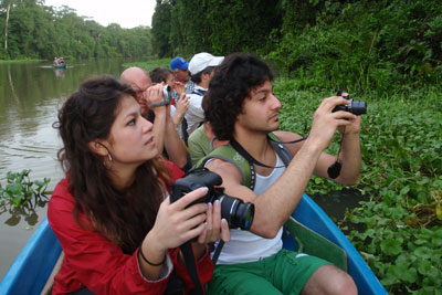 Ramiel & Nicole - jungle canoe trip in Tortuguero © by OA:modio